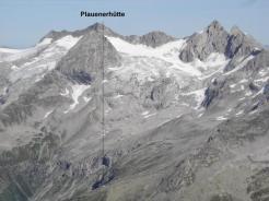 Die Plauenerhütte unter der Reichenspitze