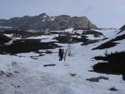 Endlich kamen die Skier vom Rucksack