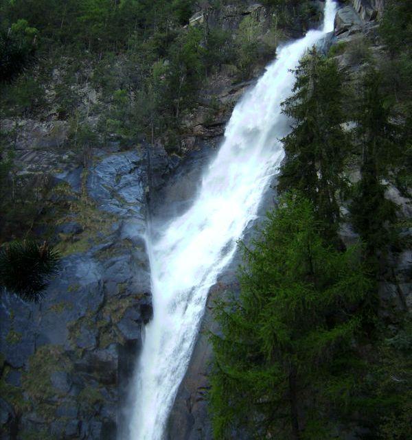 Barbian – Dreikirchen – Wasserfall