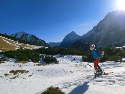 Approach: Ski