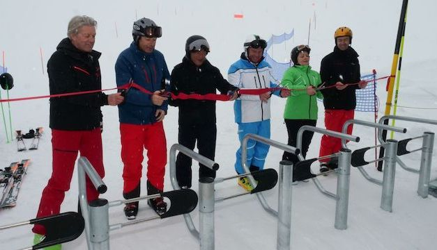 Skiverbindung Andermatt-Sedrun offiziell eröffnet VR der SkiArena erstmals auf Skis von Andermatt nach Sedrun