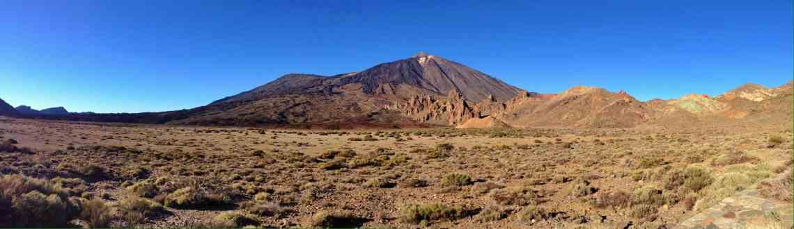 Panoramaaufnahme des Teide und Pico Viejo