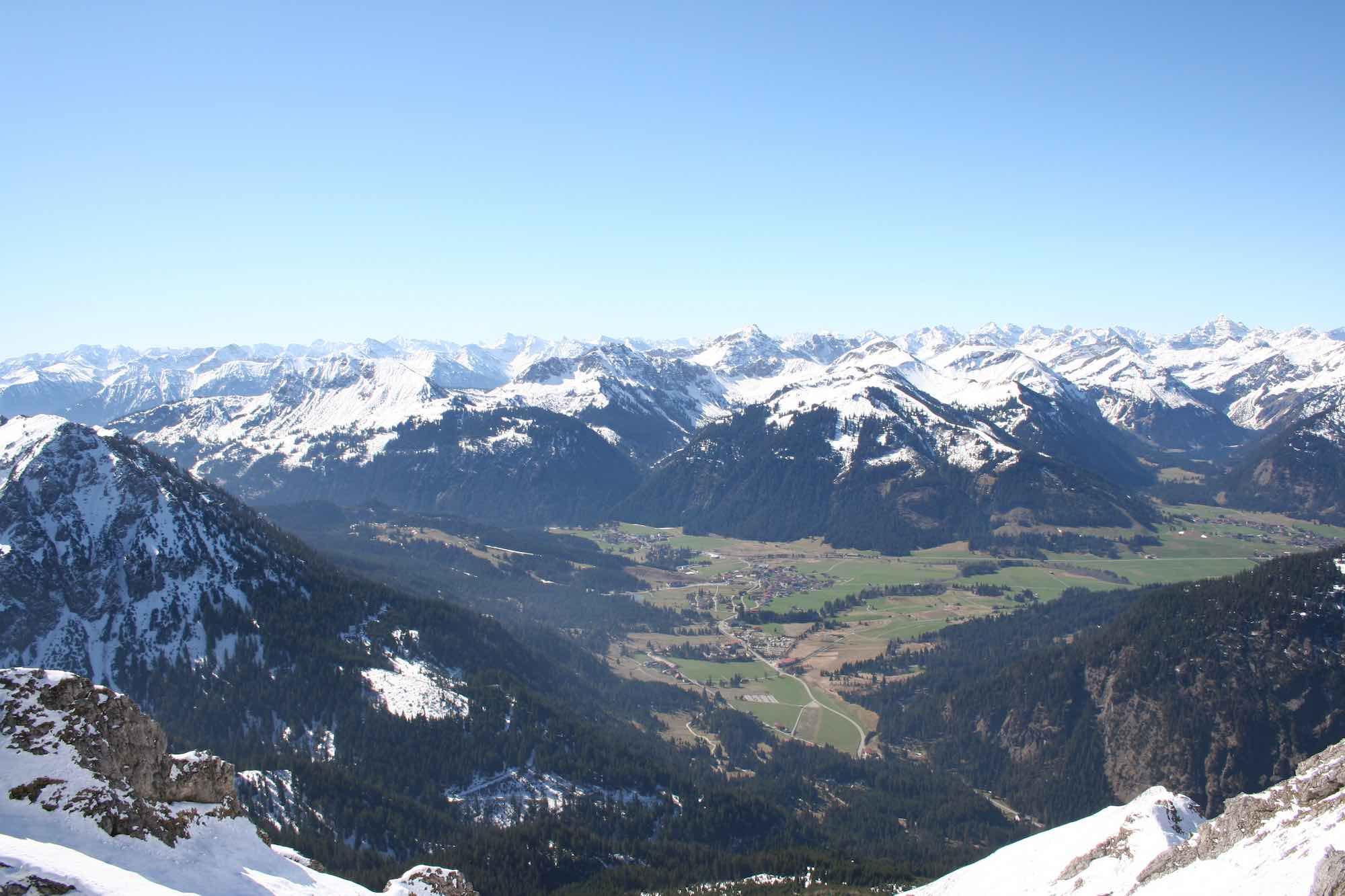 Panorama über Grän