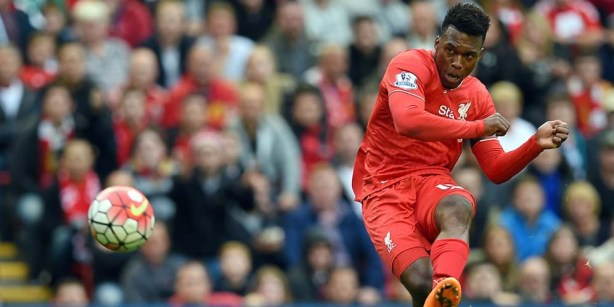 Liverpool's English striker Daniel Sturridge in action during the English Premier League football match between Liverpool and Norwich City at the Anfield stadium in Liverpool, north-west England on September 20, 2015. AFP PHOTO / PAUL ELLIS RESTRICTED TO EDITORIAL USE. No use with unauthorized audio, video, data, fixture lists, club/league logos or 'live' services. Online in-match use limited to 75 images, no video emulation. No use in betting, games or single club/league/player publications.