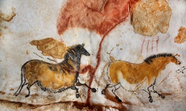 Lascaux cave paintings.jpg
