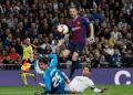 Rakitic saat berhasil cetak gol ke gawang Real Madrid.