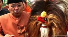 10092012-wagub-dki-jakarta-nachrowi-ramli-membalas-tarian-sambutan-lebaran-betawi-2012