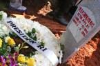 Karangan bunga diatas pusara Mantan Ketua MPR RI Taufiq Kiemas