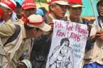 20130627 Demo Tenaga Harian Lepas Jadi PNS Menpan Mentan 03