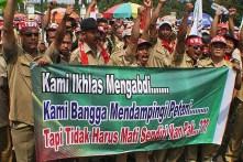 20130627 Demo Tenaga Harian Lepas Jadi PNS Menpan Mentan
