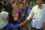 Koordinator Jakarta Barrier Free Tourism (JBFT) Cucu Saidah menyambut kehadiran Gubernur DKI Jakarta Joko Widodo. ( Tajuk.co / Aljon Ali Sagara )