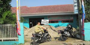 Kantor Kelurahan Sawah Baru, Kecamatan Ciputat Yang Dijadikan Pangkalan Pasir