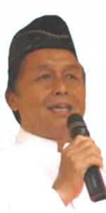H. Yusuf Tahri S.Pd kepala sekolah SDI Alhasanah