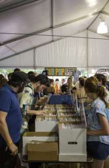 record shoppers
