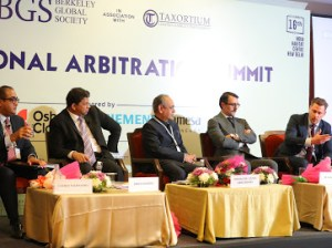 Alexander Kirschstein Osborne Clarke speakerwith Berkeley Global Society at International Arbitration Summit - India 11.2019