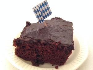 reading-leiderkranz-chocolate-cake