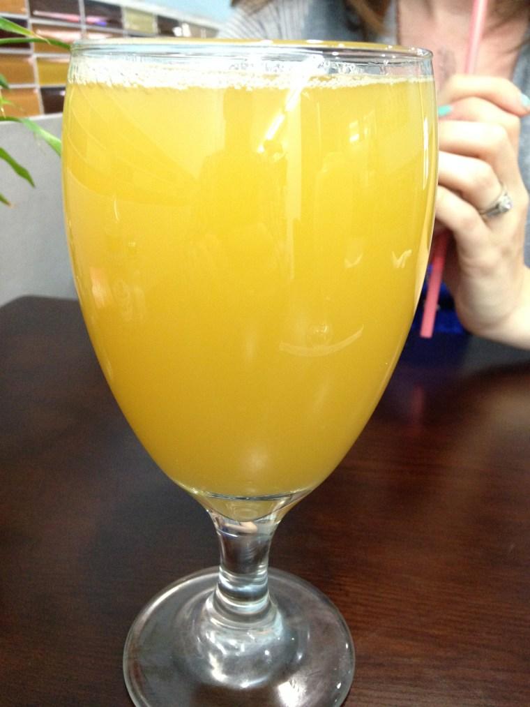 chen-vegetarian-house-apple-pineapple-ginger-juice