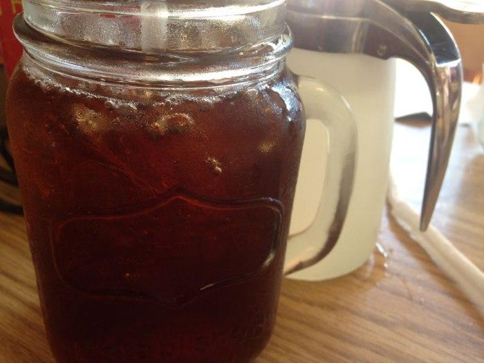 phamous-phil-s-sweet-tea-and-lemonade