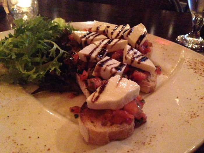 the-knight-s-pub-tomato-bruschetta