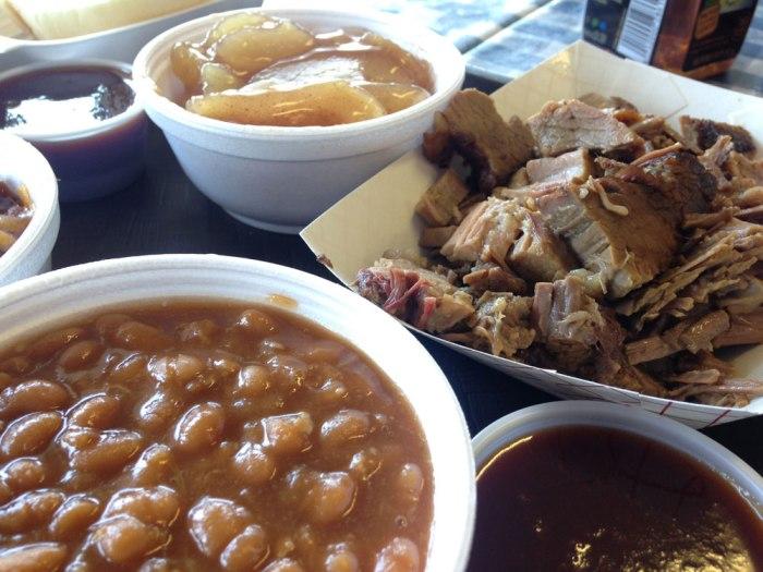 it-s-just-barbecue-beef-brisket-platter