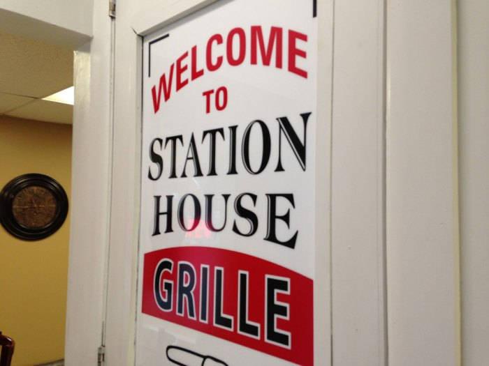 station-house-grille-sign