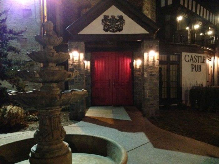 viva-castle-pub-exterior