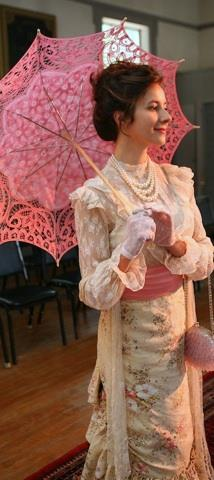 """Jamie Greenland as Eleanor Copt in """"The Rembrandt"""". Photo by Michelle Barclay"""