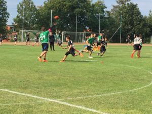 zeigt eine Spielszene aus dem Flagturnier in Frankfurt 2016