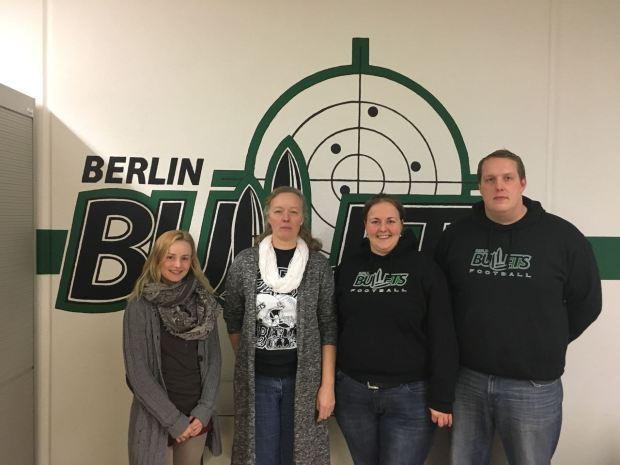 Abteilungsleitung 2018 von links, Bella, Andrea, Jule und Jens