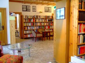 Gedenkbibliothek innen