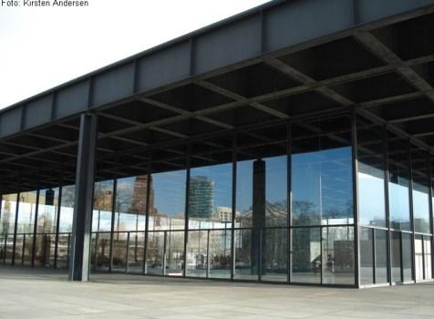 Udendørs udstilling om Neue Nationalgalerie