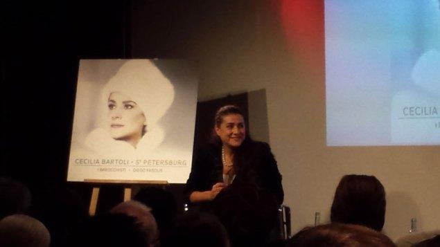 Cecilia Bartoli i Kulturkaufhaus i Dussmann, oktober 2014. Foto: Kirsten Andersen