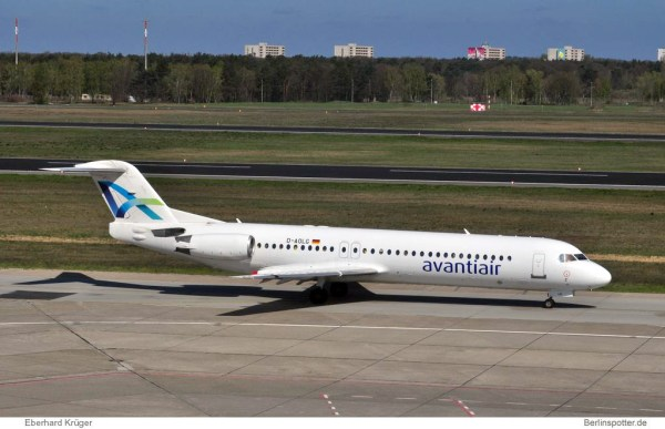 Avanti Air Fokker 100 D-AOLG
