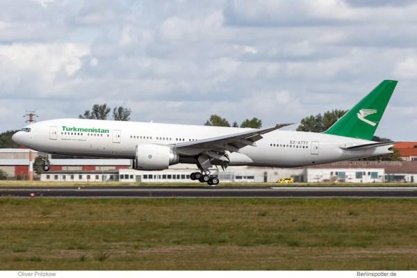 Turkmenistan Airlines Boeing 777-200LR EZ-A777 (Berlin TXL 29.8. 2016)