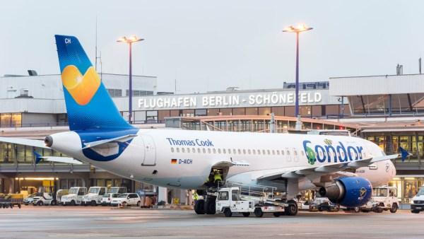 Airbus A320 der Condor in SXF (Foto: G. Wicker/FBB)