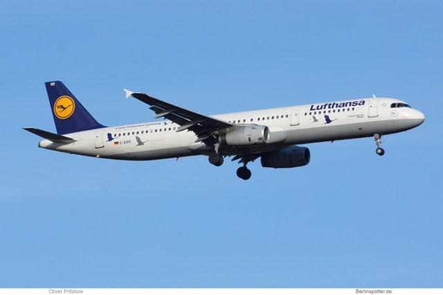 Lufthansa Airbus A321-200 D-AIRR (TXL 20.11. 2016)