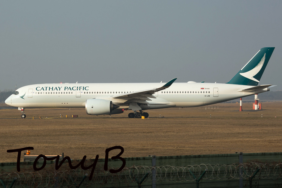 Cathay Pacific Airbus A350-900 B-LRM
