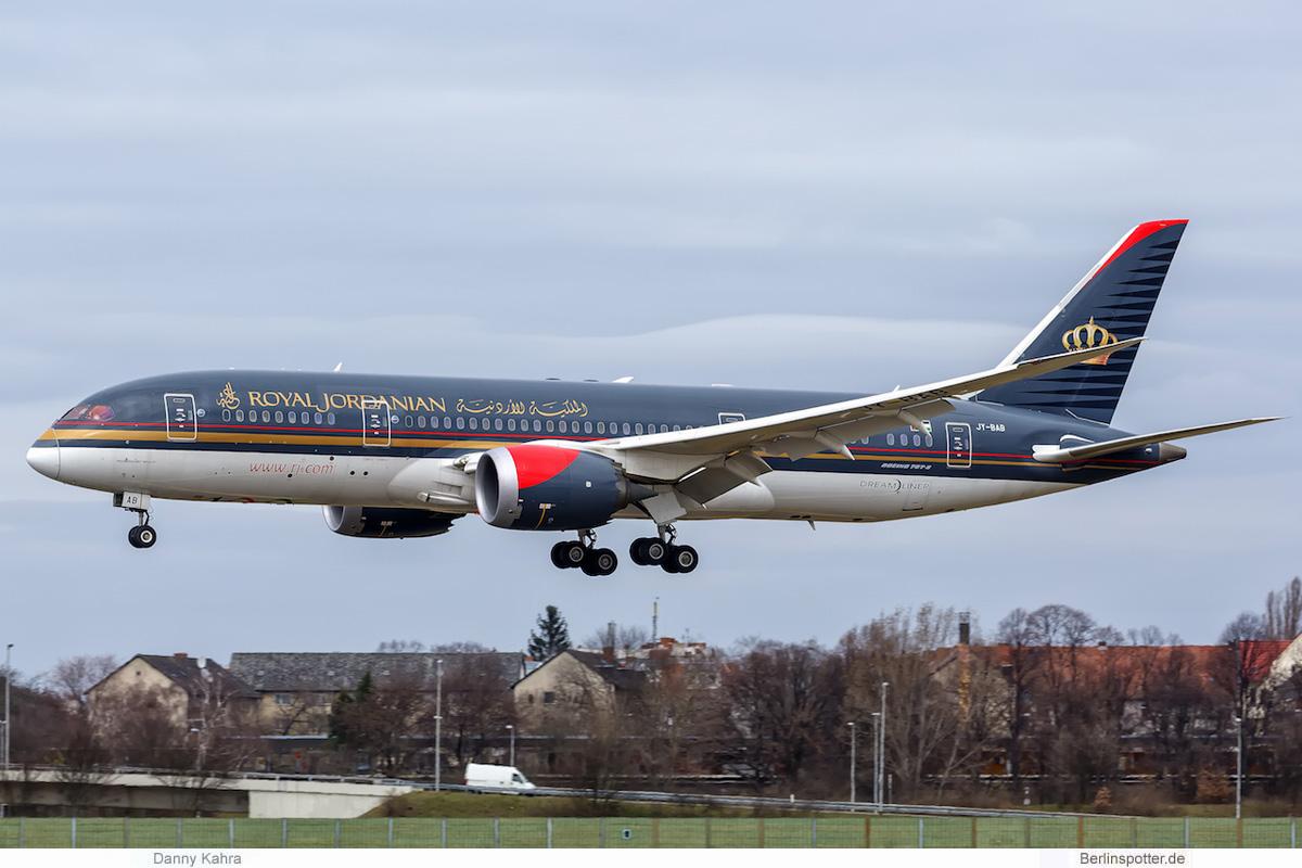 Royal Jordanian Boeing 787-8 Dreamliner JY-BAB