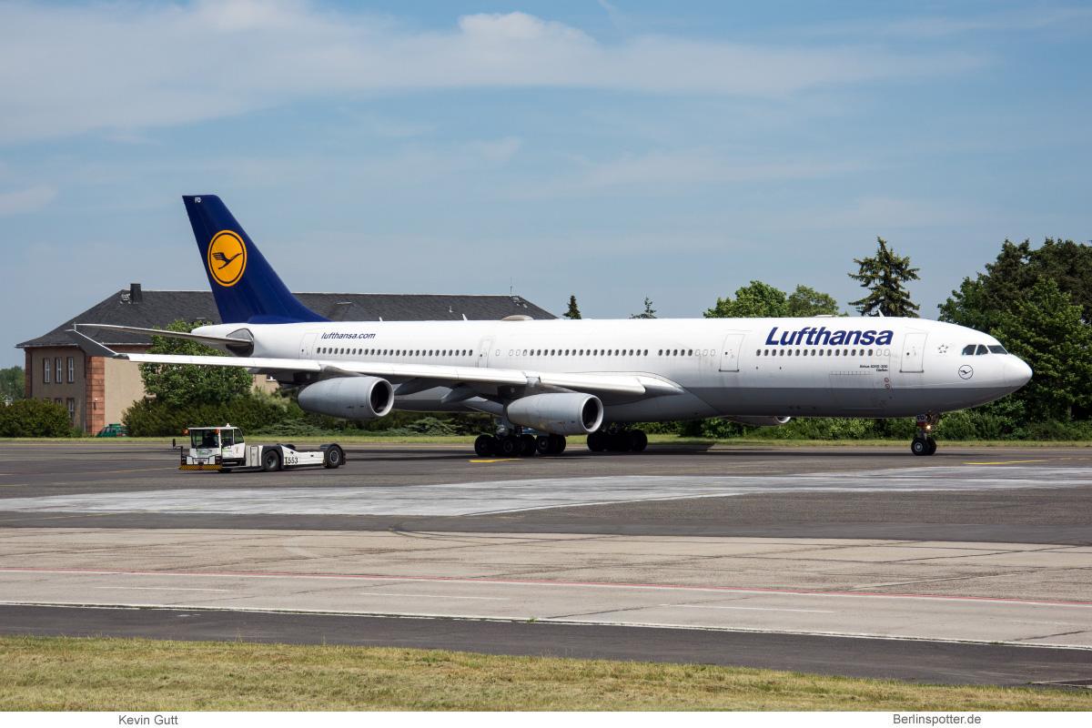 Lufthansa Airbus A340-300 D-AIFD