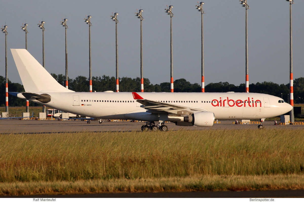 Air Berlin Airbus A330-200 D-ABXG