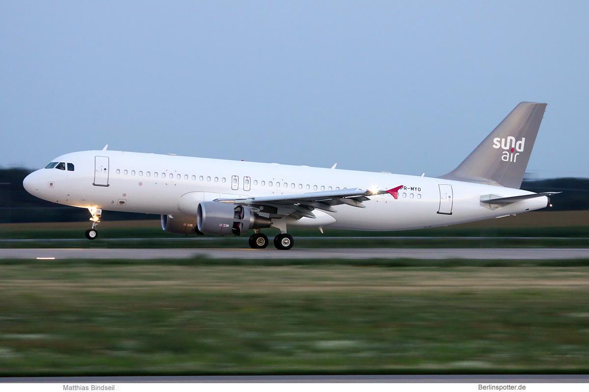 Sundair Airbus A320-200 PR-MYO
