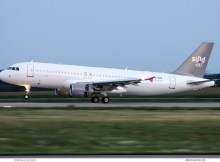 Sundair, Airbus A320-200 PR-MYO (SXF 21.7. 2017)