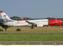 Norwegian Air Shuttle, Boeing 737-800(WL) LN-NII, J.C.H. Ellehammer im Tail (SXF/BER 4.8. 2017)