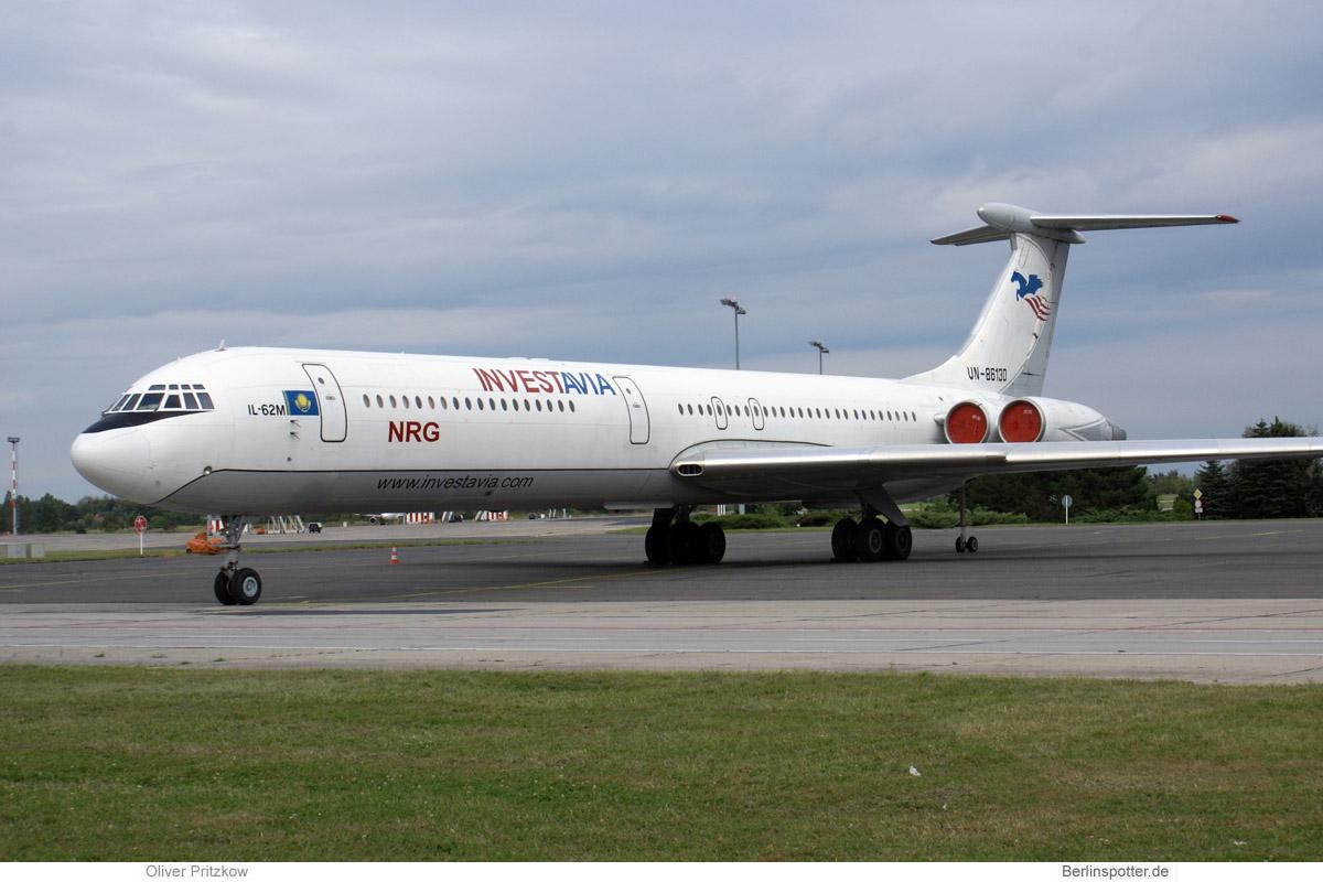 Investavia Iljushin Il-62M UN-86130