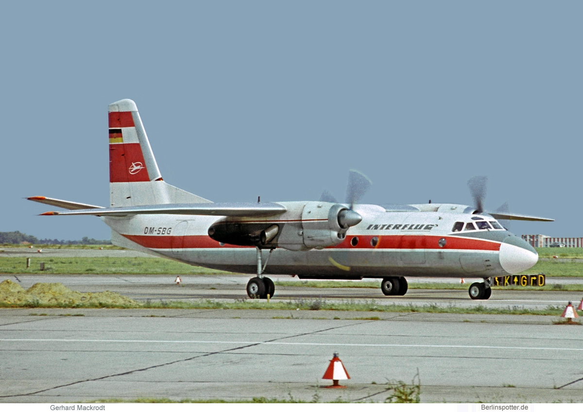 Interflug Antonov An-24 DM-SBG