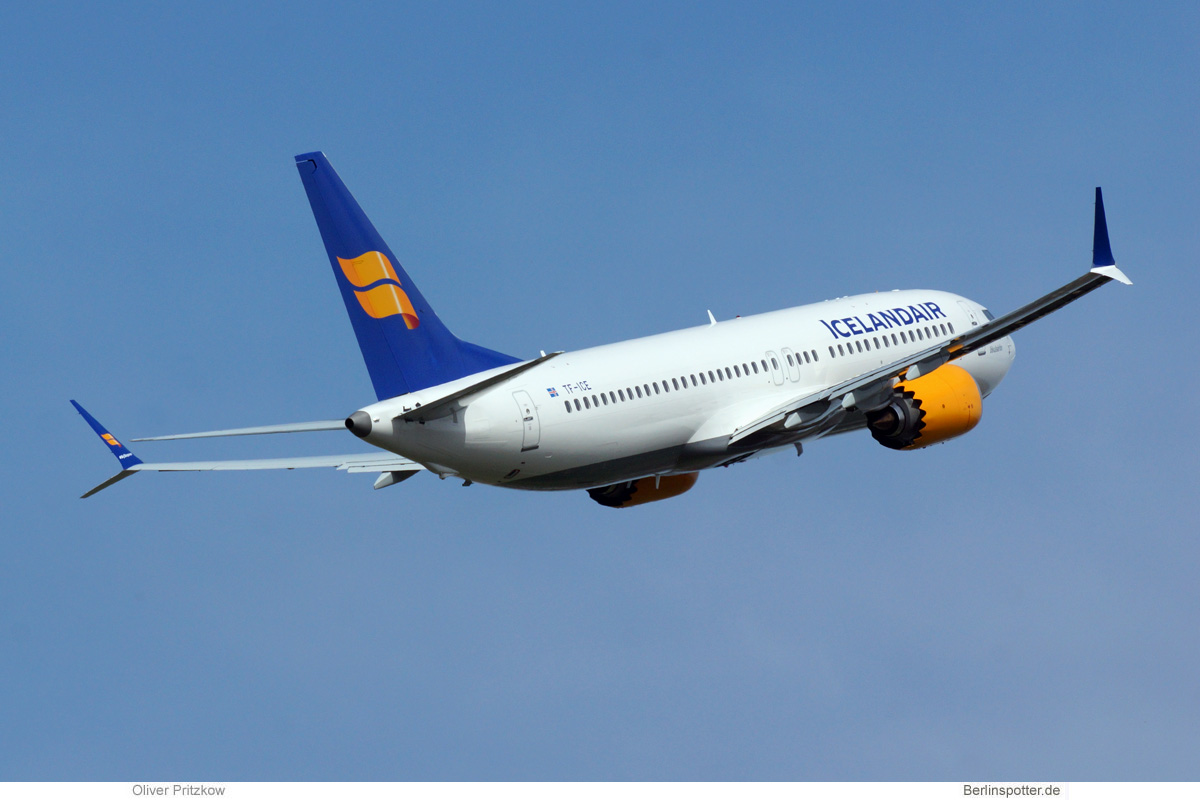 Icelandair Boeing 737 MAX 8 TF-ICE