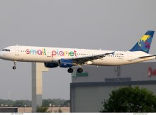 Small Planet Airlines Germany, Airbus A321-200 D-ASPC (SXF 9.5. 2018)