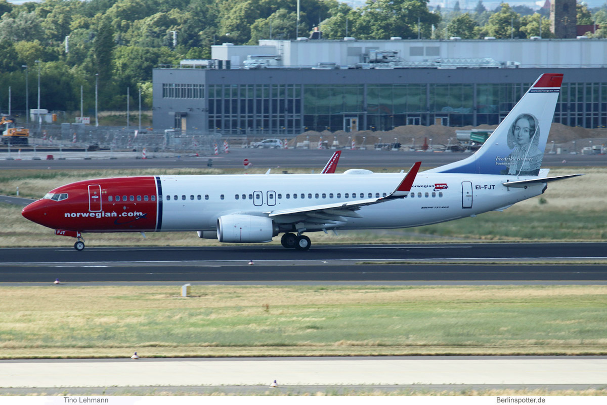 Norwegian Air International Boeing 737-800(WL) EI-FJT