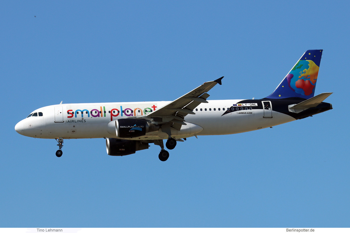 Small Planet Airlines Airbus A320-200 LY-ONL