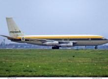 Monarch Airlines, Boeing 720-051B G-AZKM (TXL 05/1972)